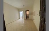 1031, Большая квартира в комплексе у моря